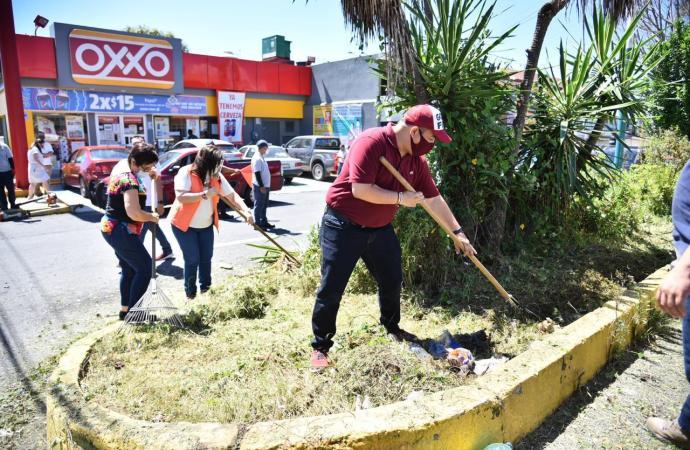 Se suma Congreso a labores de chapeo, señalización y limpieza de Xalapa