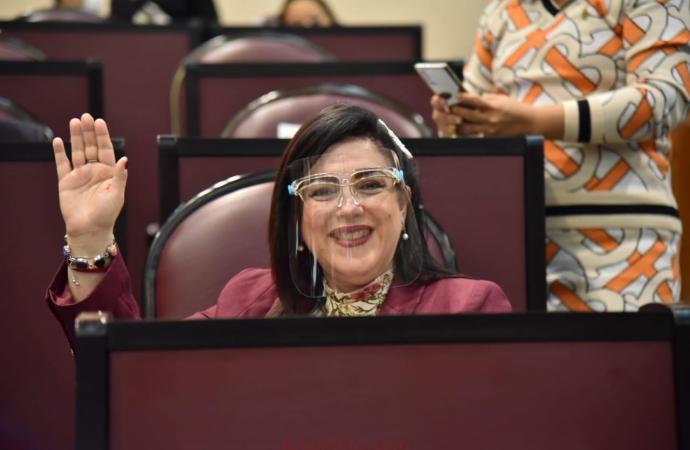 En menos de 2 años, Veracruz enderezó sus finanzas e hizo sostenible la deuda pública: Rosalinda Galindo