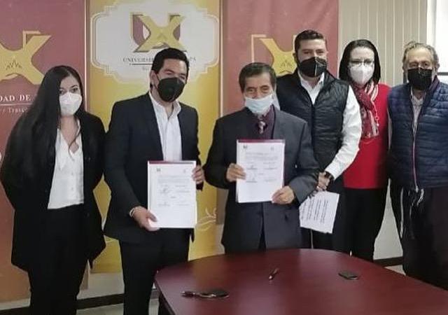 Firman convenio de Colaboración la Universidad de Xalapa y el Colegio de Arquitectos de Xalapa que preside Aarón Yovanni Guerrero Morales