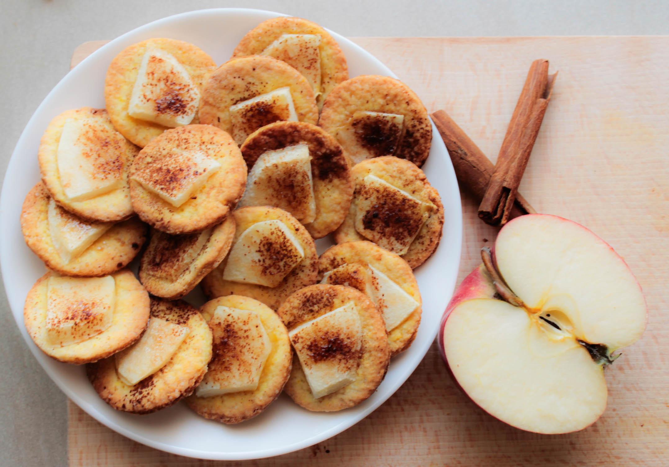 Ciasteczka (pół)kruche z jabłkami