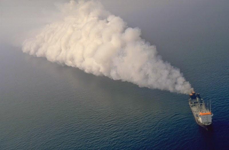 una Vulcanus in azione nel Mare del Nord negli anni '80 - fonte www.waste-pp-ru