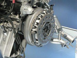 Clutch-positioning-on-the-engine-300x225 Kavrama Tipleri Nelerdir ve Nasıl Çalışırlar