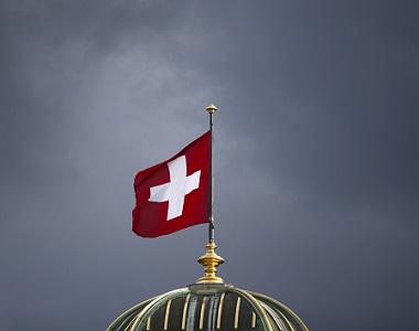 Ελβετία-σημαία-καταιγίδα-ΕΞ