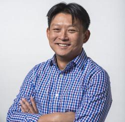 Andrew Hsu / Spotlight AR for the IIAR Website