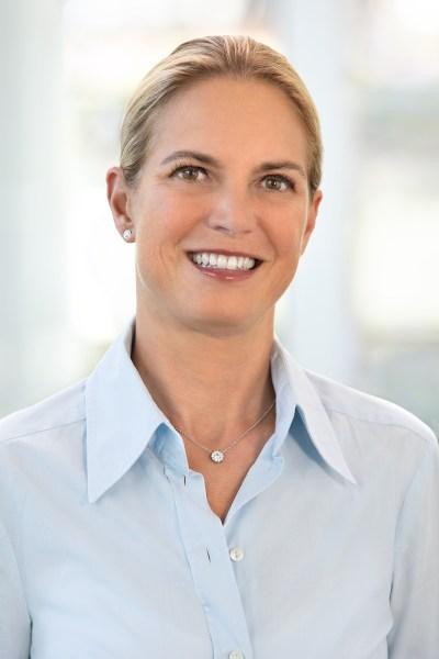 Ricarda Rodatus / VP Analyst Relations, Oracle (IIAR website)