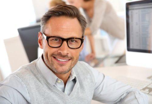 Pilihan Kacamata Berkualitas dan Pelayanan Terbaik di Optik Tunggal - Parva Visty Office