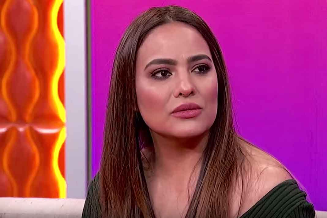 Mayeli habló en exclusiva en un show de la cadena EstrellaTV de Los Angeles