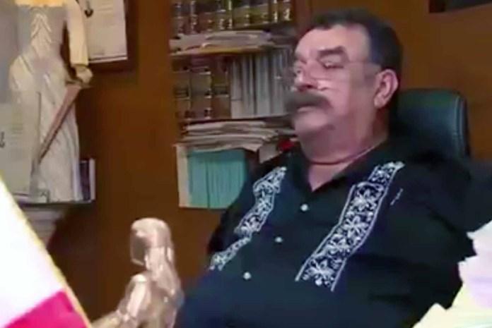 El ex apoderado legal de Juan Gabriel dijo que no se había dado a conocer este testamento por orden del cantante