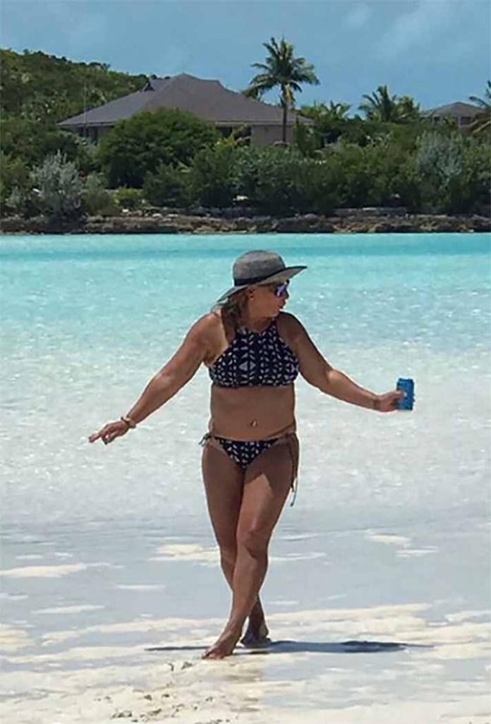 La jueza Ana María Polo disfrutó del sol y el mar de las Bahamas