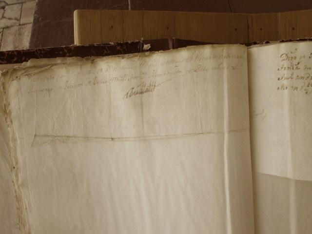 [Folio 20v] Presentado con petición de doña Antonia Mejía, ante mí el alcalde ordinario en Rionegro a treinta de junio de mil setecientos cuarenta y seis años. / Rivillas.