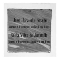 Tumba de Jose Jaramillo Giraldo y Solita Vélez De Jaramillo