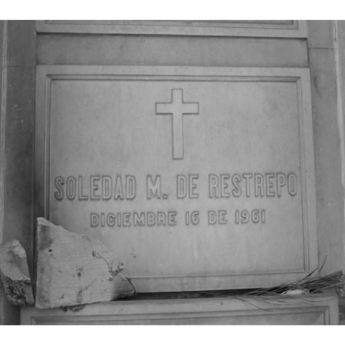 Tumba de Soledad M De Restrepo
