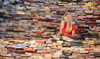 5 Awesome Tips To Read 100 Books A Year