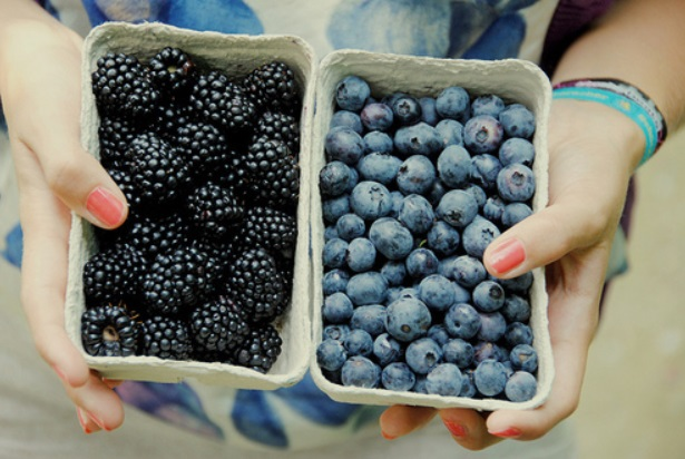 5 Stress Bursting Foods We Should All Have In Our Cupboards
