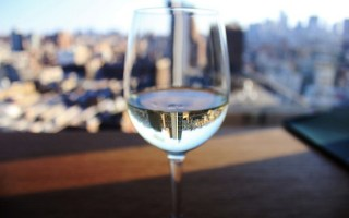 Drinking Wine Can Help You Lose Weight