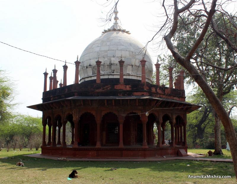 Kali Masjid, Agra