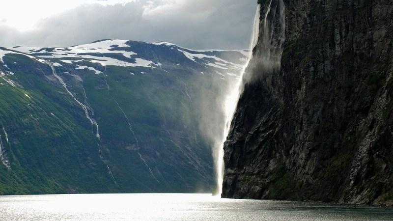 أعلى 10 شلالات في قارة أوروبا