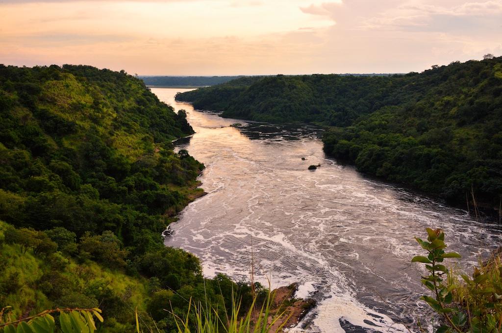 ما هو اطول نهر في العالم نهر النيل ام الامازون من هو اطول نهر في العالم انا مسافر