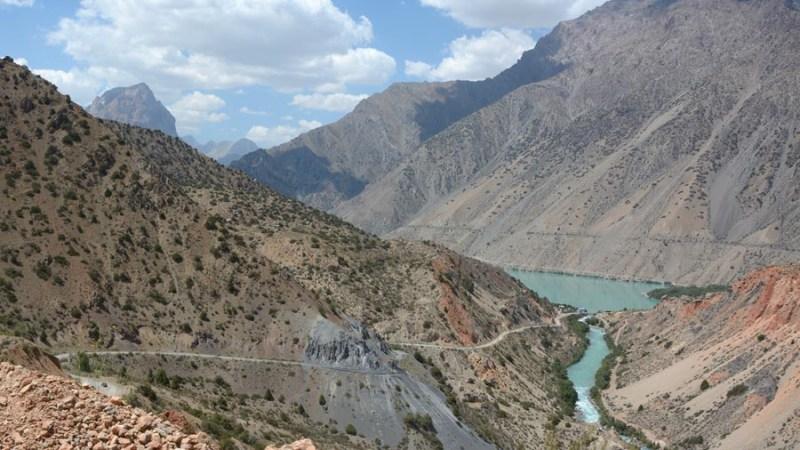 الدول التي تشارك حدودها مع طاجيكستان