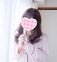 新橋キャバクラ【an_an(アンアン)】100%現役女子大生ラウンジ みゆ プロフィール写真