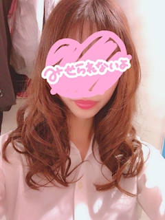 新橋キャバクラ【an_an(アンアン)】100%現役女子大生ラウンジ りゆ プロフィール写真