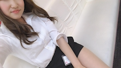 新橋キャバクラ【an_an(アンアン)】100%現役女子大生ラウンジ みずき プロフィール写真