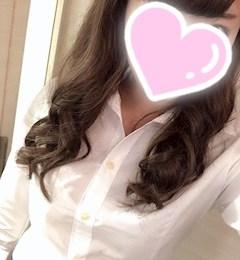 新橋キャバクラ【an_an(アンアン)】100%現役女子大生ラウンジ れいな プロフィール写真