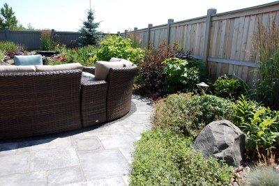 retaining-wall-garden-design-009
