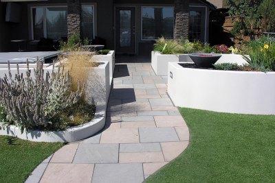 retaining-walls-backyard-designoutdoor-fireplace-004