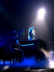Beyonce-MrsCarter2014-Glasgow9