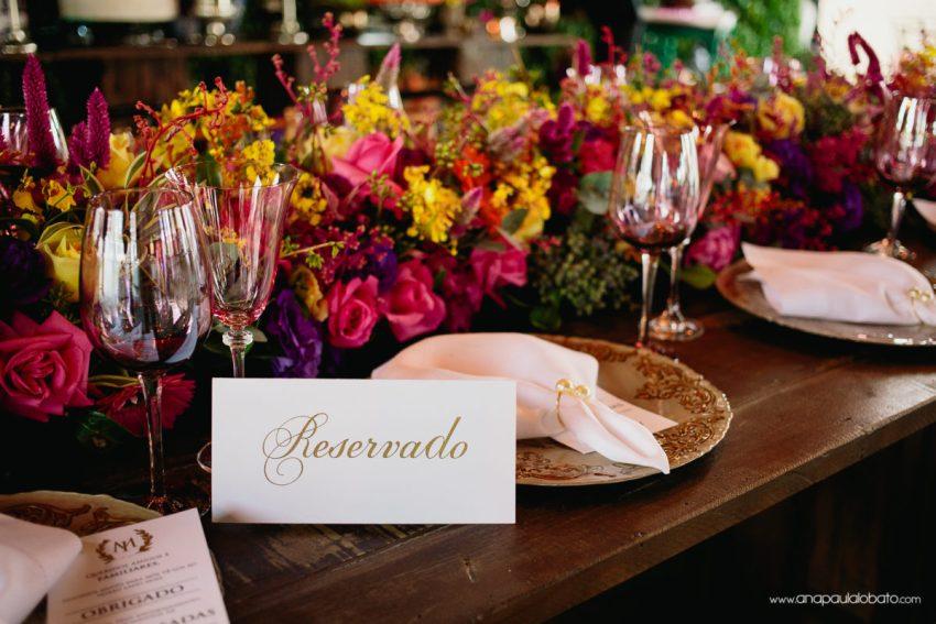 inspiração de decoração para mesa de casamento
