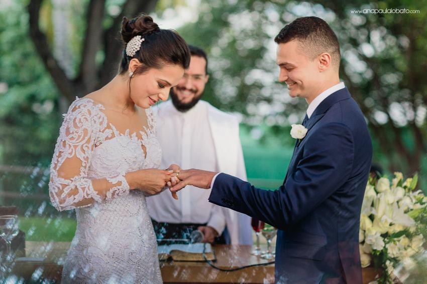 wedding rings happy moment