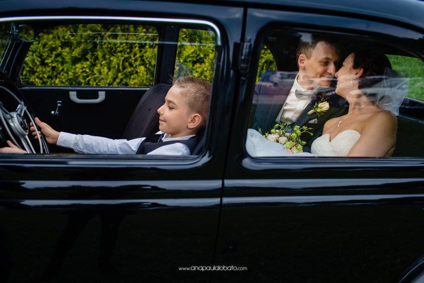Incredible wedding in Esslingen with beautiful car