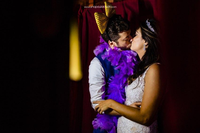 wedding boot kiss