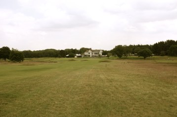 The view from the right-hand rough on the 3rd hole.