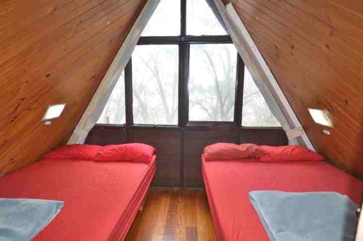 ANARE Ski Lodge - Double Bedroom. Pillows and blankets not supplied During COVID-19