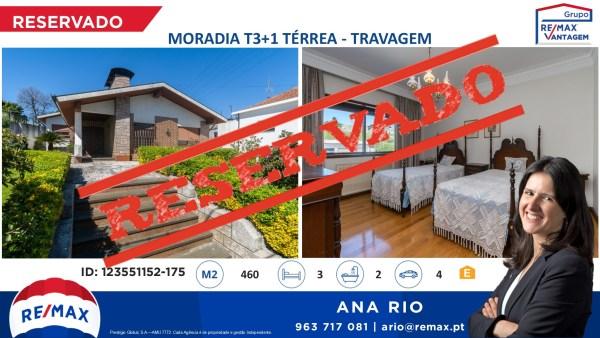 Reservada Moradia T3+1 Térrea à Travagem