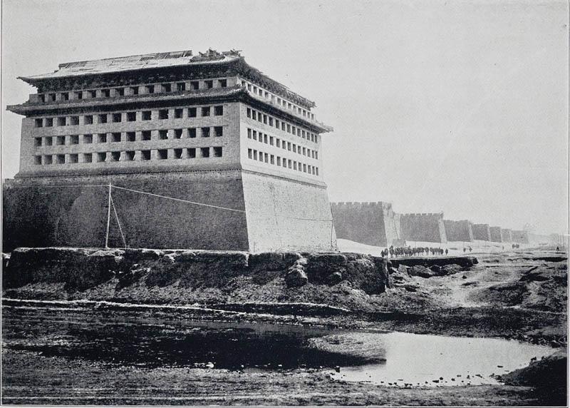 Старый Пекин, угловая башня