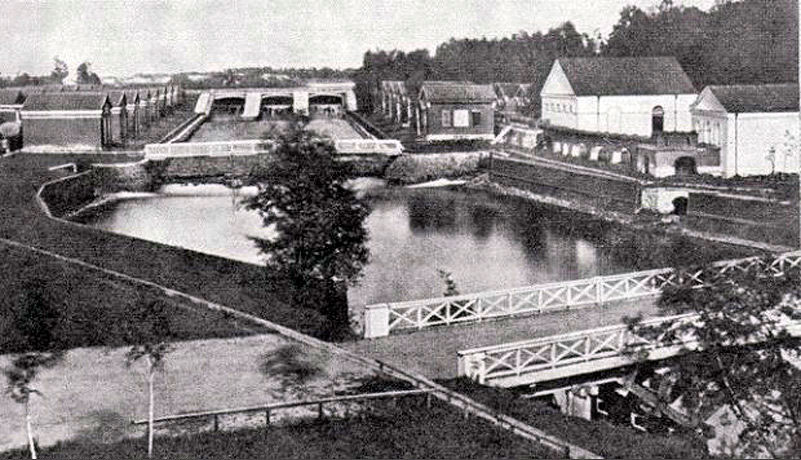 Плотина Охтинского порохового завода