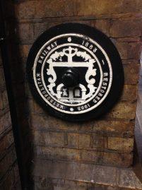 Marcando a revitalização quando completou 120 anos da Metropolitan line, que era antes da Bakerloo - Baker Street.