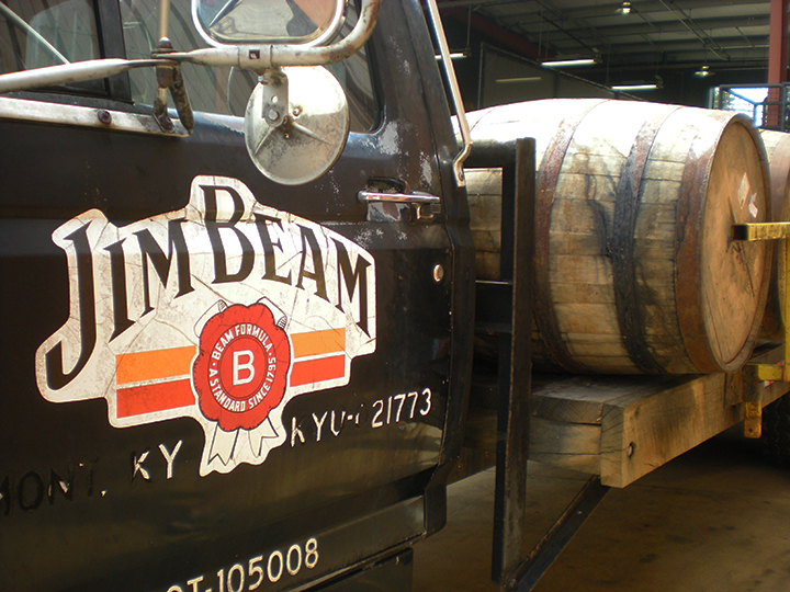 kentucky bourbon trail jim beam truck