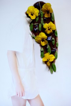 floral instllation - girl with flowers in her hair