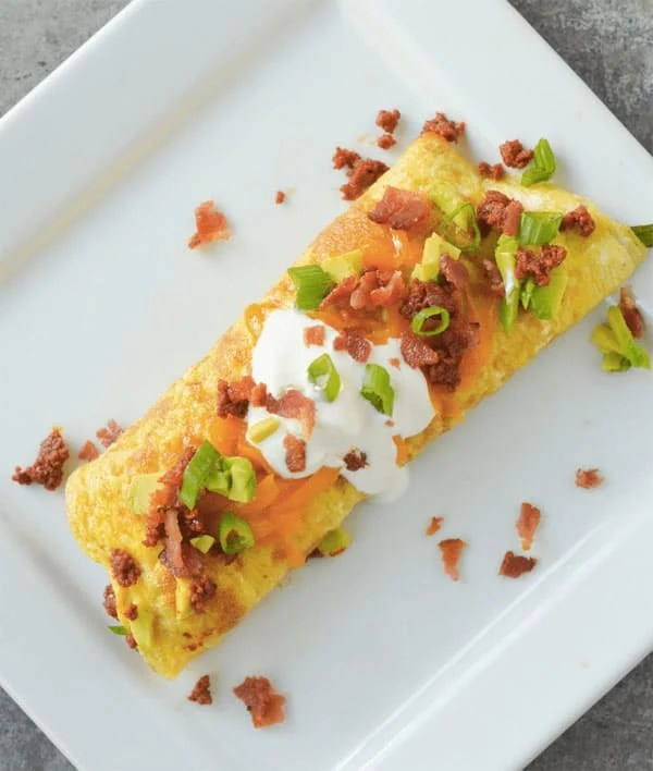 Keto Chorizo Omelette - 8 Easy Keto Breakfast to start burning fat. Keto Breakfast on the go, Keto breakfast make ahead recipes. Eggs cooked in creative ways are the basis of your breakfast on a Ketogenic diet. But it's not eggs only! You can have a no eggs Keto breakfast with muffins, Keto breakfast pancakes or Keto breakfast smoothie. #keto #ketogenic #ketodiet #breakfast #ketorecipes