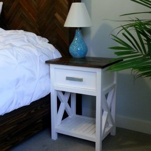 Beautiful DIY Nightstand