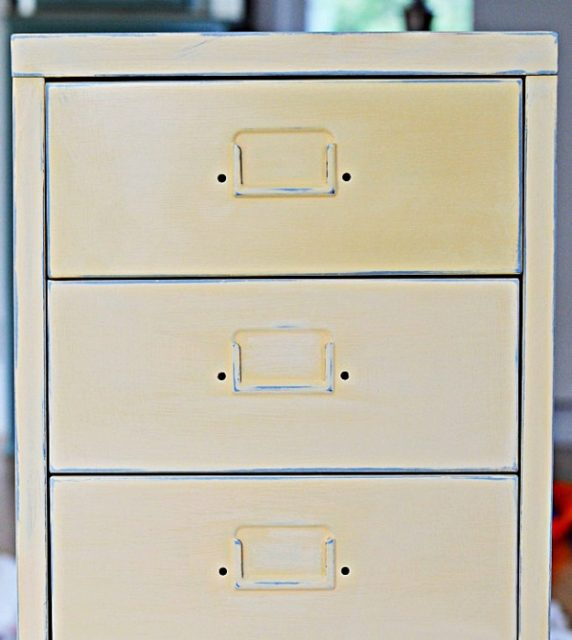 Ikea-Helmer-unit-with-Annie-Sloan-Paint-in-Arles-copy