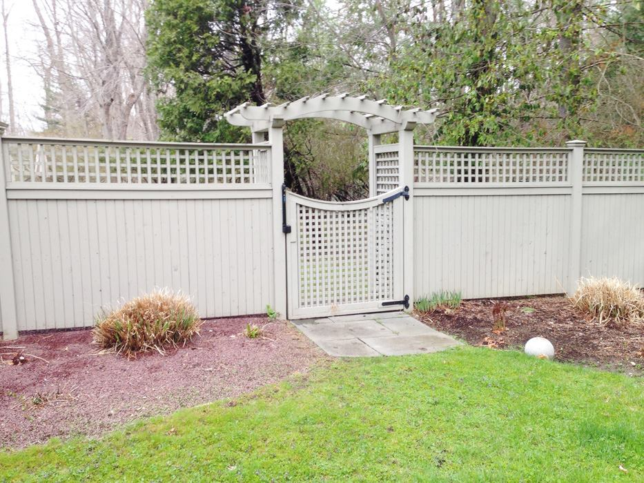 Tongue and Groove Fences 2