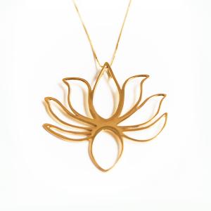 pingente-flor-de-lotus-de-ouro-amarelo-18k-vazado