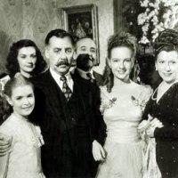 """El melodrama de crítica social: acercamientos a """"Una familia de tantas"""" (1949) por Aarón de la Rosa"""