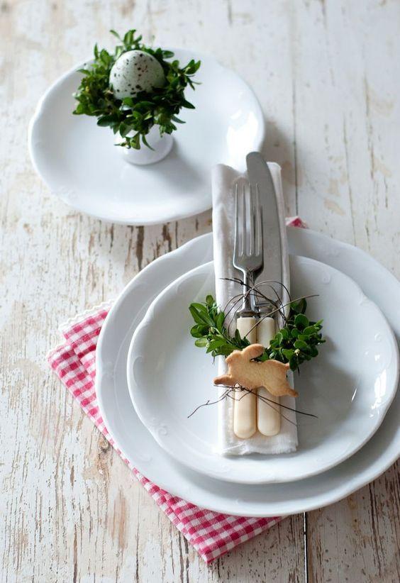 Decoración de mesa de Pascua de estilo sencillo, rústico y vintage @utrillanais