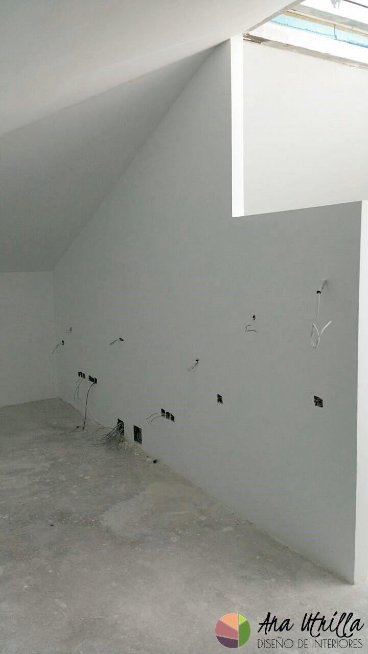 Instalaciones electricidad, puntos de luz en obra nueva de vivienda